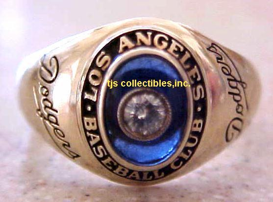 1958 LA DODGERS LADIES RING